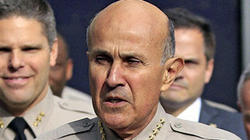 Lee Baca © Los Angeles Times